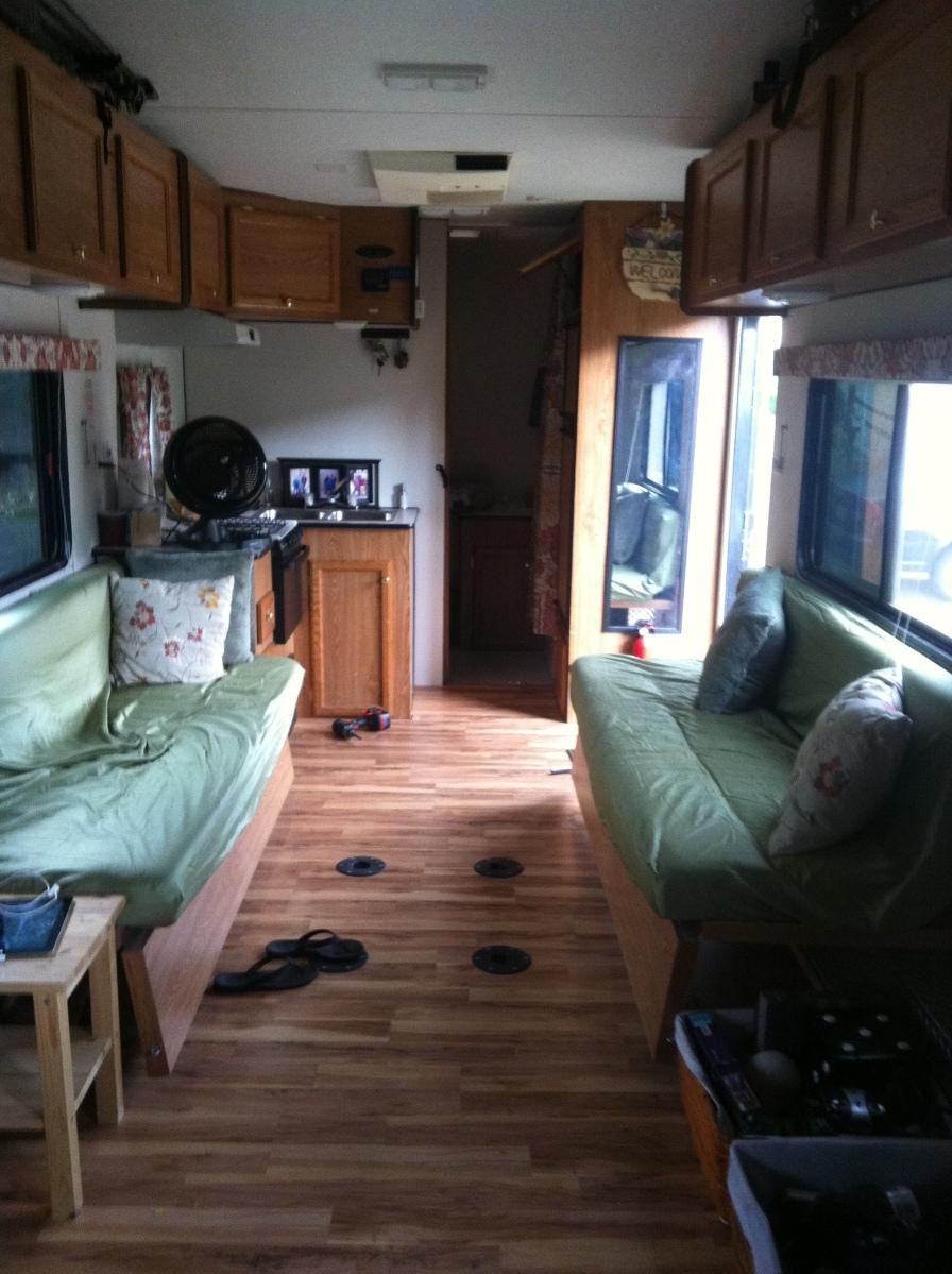 rv sweet rv part du winging it. Black Bedroom Furniture Sets. Home Design Ideas